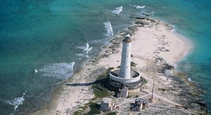 маяк на острове Крукед