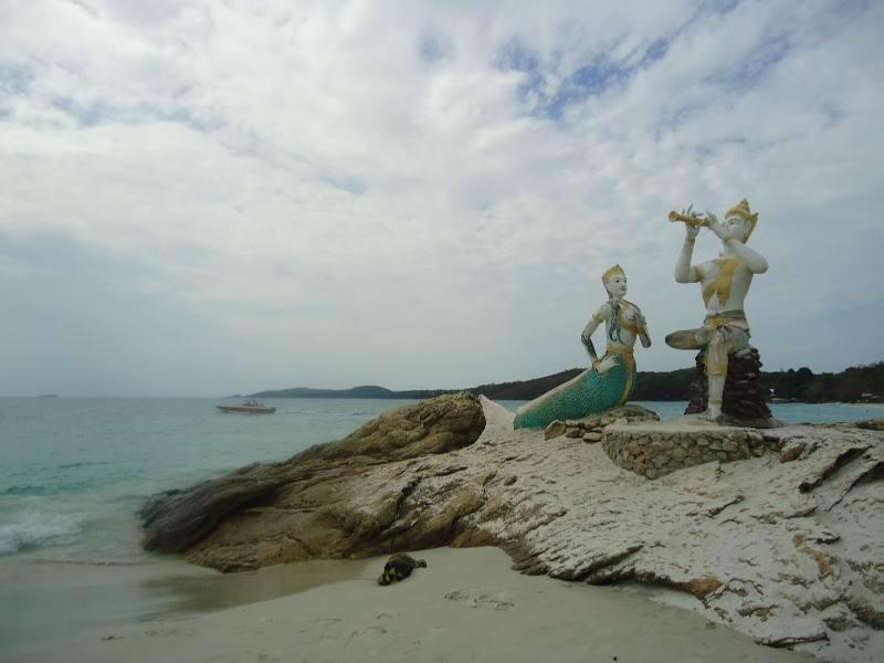 - Остров Самет - море гарантированно будет отличным в любое время года