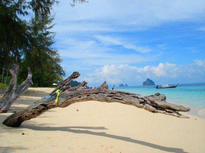 пляж острова Ко Нгаи