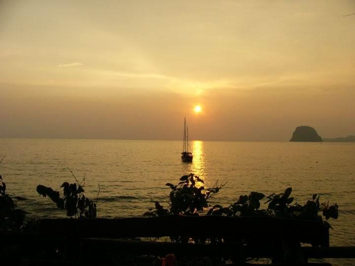 Остров Ко Мук - не только полежать на пляже - Остров Ко Мук - не только полежать на пляже