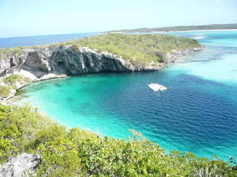 phoca_thumb_l_bahamu - Остров Лонг Айленд - самый живописный остров на Багамах