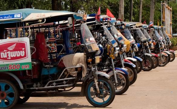 thai road - 10 главных причин, чтобы посетить Тайланд