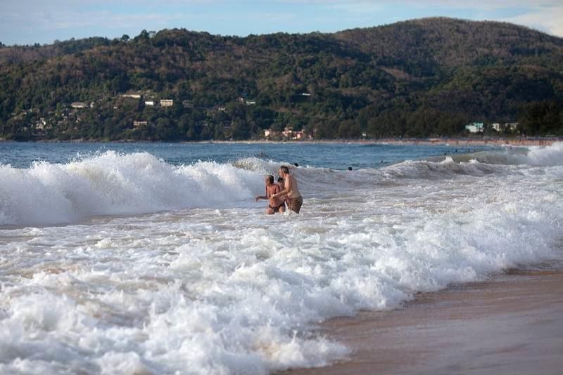 """На каком пляже лучше отдыхать на Пхукете в """"низкий"""" сезон"""