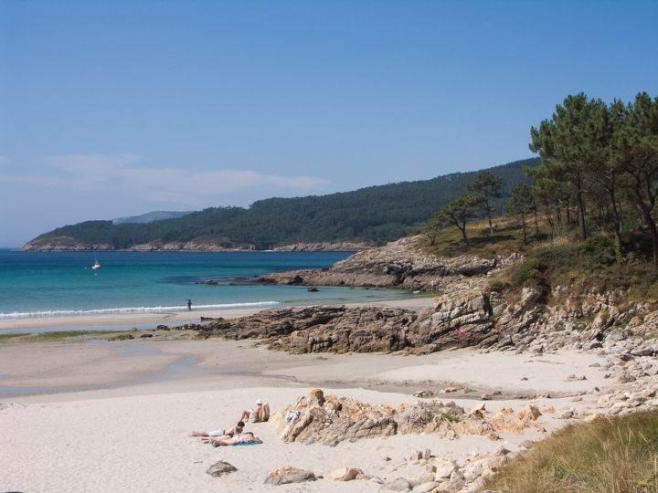 Пляжи Испании  Playa-de-Estorde - Настоящее уединение - 7 пляжей Испании