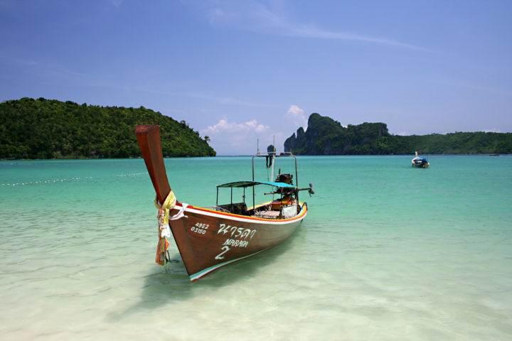 Tonsai Пляж Тонсай Остров Пхи Пхи, Koh Phi Phi Island, Краби, Южный Таиланд, Тайланд, Krabi, Thailand, лучший отель на Пхи Пхи, отели Пхи Пхи, отдых на Пхи Пхи, фото Пхи Пхи, пхи пхи фото-отчёт, ночной клуб, пляж, медовый месяц на Пхи Пхи - Обзор лучших пляжей на островах Пхи-Пхи - продолжение