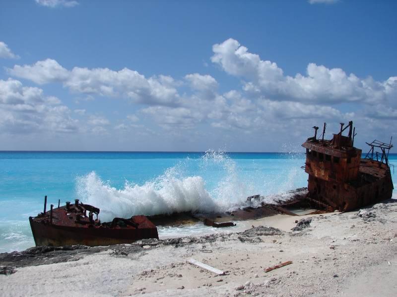"""bimini20bahamas20f25j1 - Легендарный """"Фонтан молодости"""" и другие достопримечательности острова Бимини на Багамах"""