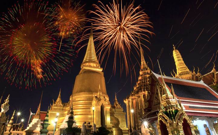 Храм Изумрудного Будды - Экскурсии в Тайланде, которые следует обязательно посетить