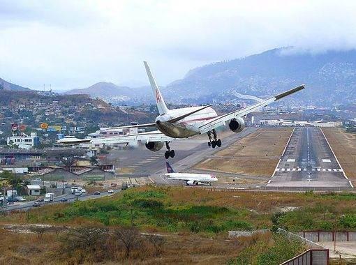 5 очень необычных и опасных аэропортов мира - 5 очень необычных и опасных аэропортов мира
