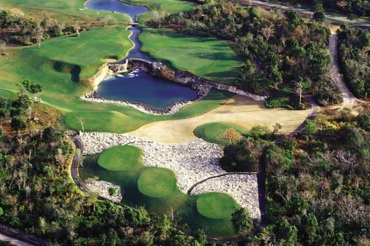 поле для гольфа - Стоит ли ехать на курорт Хуан Долио в Доминикане?