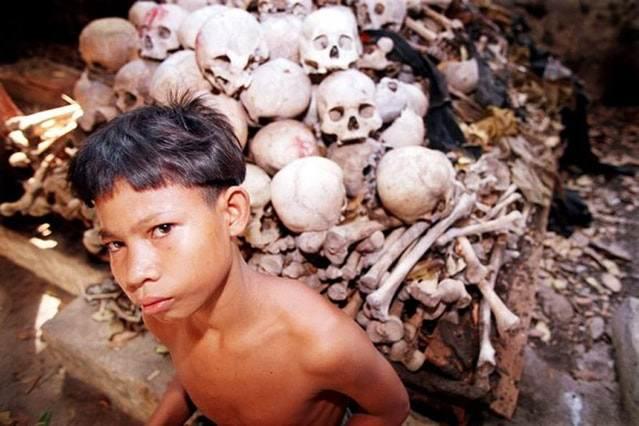 маленький каннибал в Камбодже