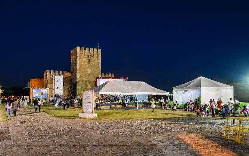 Колониальный фестиваль -