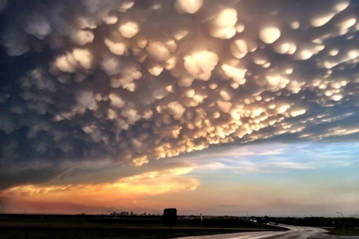 вымяобразные облака - 39 удивительных и сумасшедших природных явлений - часть 2