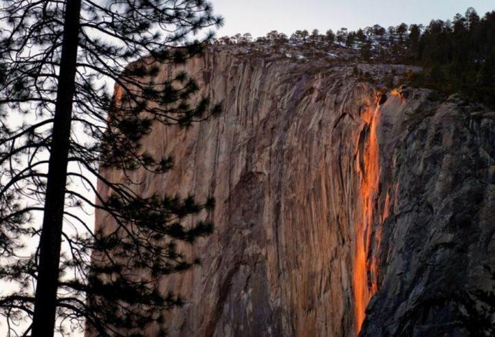 огненный водопад в Калифорнии - 39 удивительных и сумасшедших природных явлений - часть 3