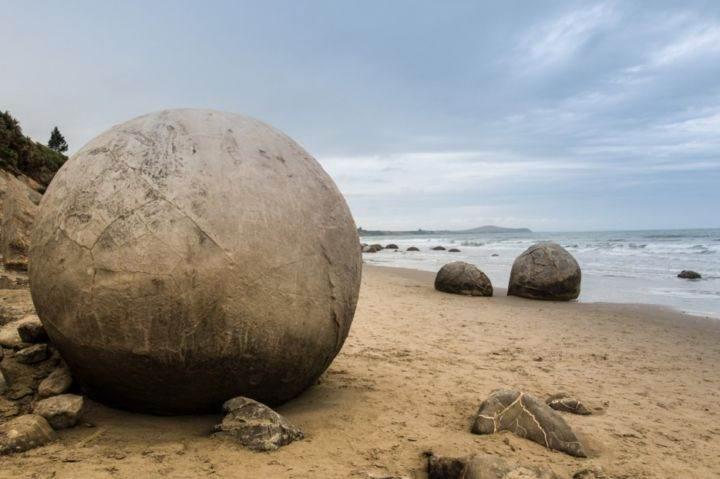Сферические валуны в Новой Зеландии - 39 удивительных и сумасшедших фотографий природных явлений - часть 1