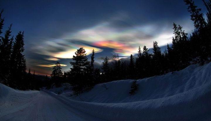 перламутровые облака в Арктике - 39 удивительных и сумасшедших природных явлений - часть 2