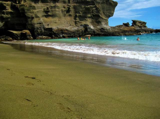 Экзотические пляжи мира playa-verde-papakolea-hawaii