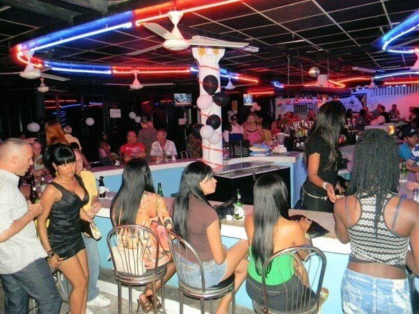 ночной бар в Сосуа, Доминикана