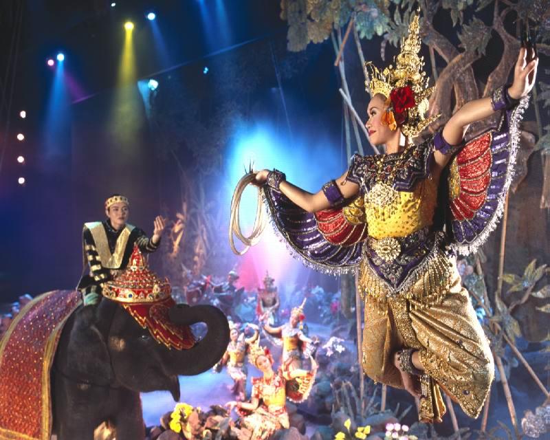 Show-phuket-fantasea - Лучшие развлечения ночного Пхукета