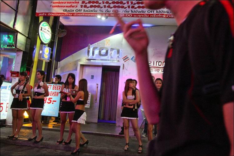 1330084537_Pattayya_kak_mekka_seks-turizma_7 - Секс-туризм по-русски,или путешествуем по Walking Street (часть1)