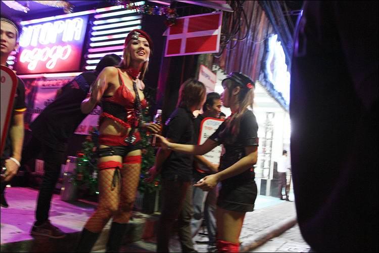 1330086451_Pattayya_kak_mekka_seks-turizma_17 - Секс-туризм по-русски,или путешествуем по Walking Street (часть1)