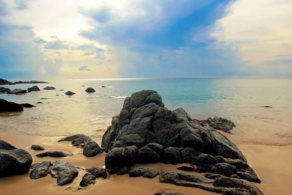 Лаем Синг (Laem Sing Beach)
