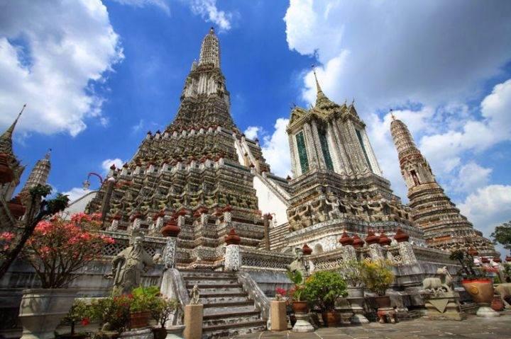 Храм Ват Арун wat-arun-temple - Познакомьтесь с самыми впечатляющими храмами Тайланда